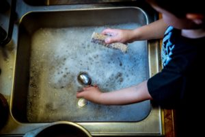 child washing up source pixabay